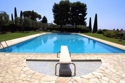 Sd piscine votre piscine et spa en corse tourisme corse for Piscine en corse