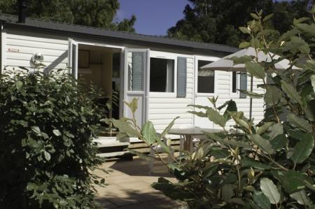 Campings calvi les castors tourisme corse for Isolation exterieur mobil home
