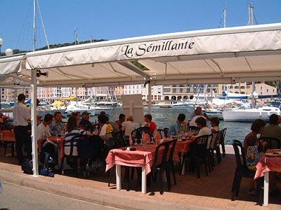 Restaurants corse caf s pubs restaurants tourisme corse for Restaurant bonifacio port