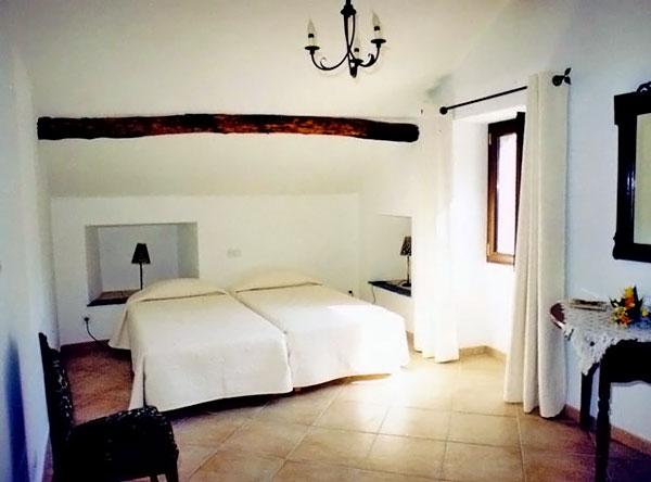 Hotel nonza casa maria chambres d hote tourisme corse - Saint avre la chambre ...